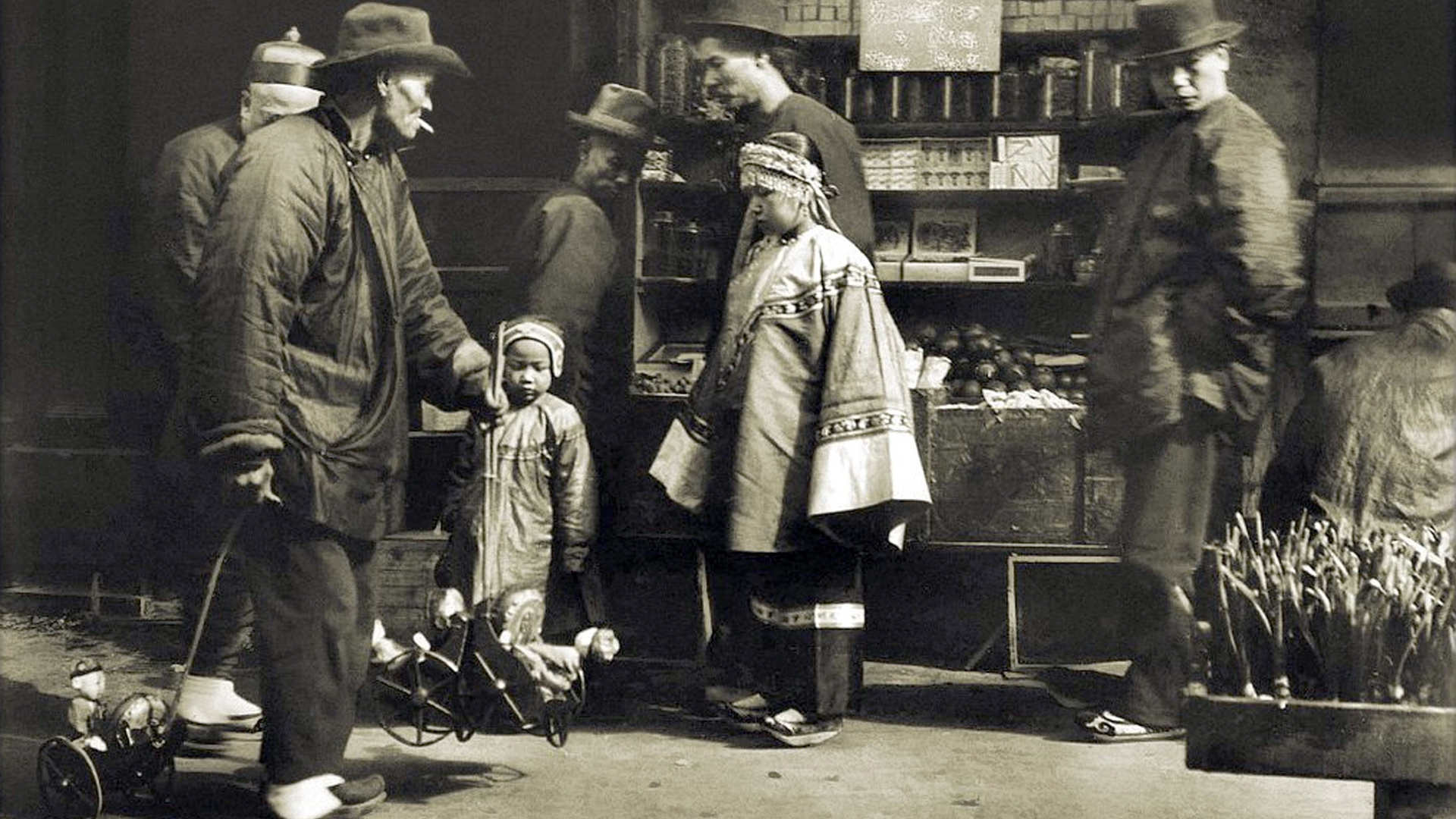 Toy vendor in Chinatown. Arnold Genthe. PhotosForClass
