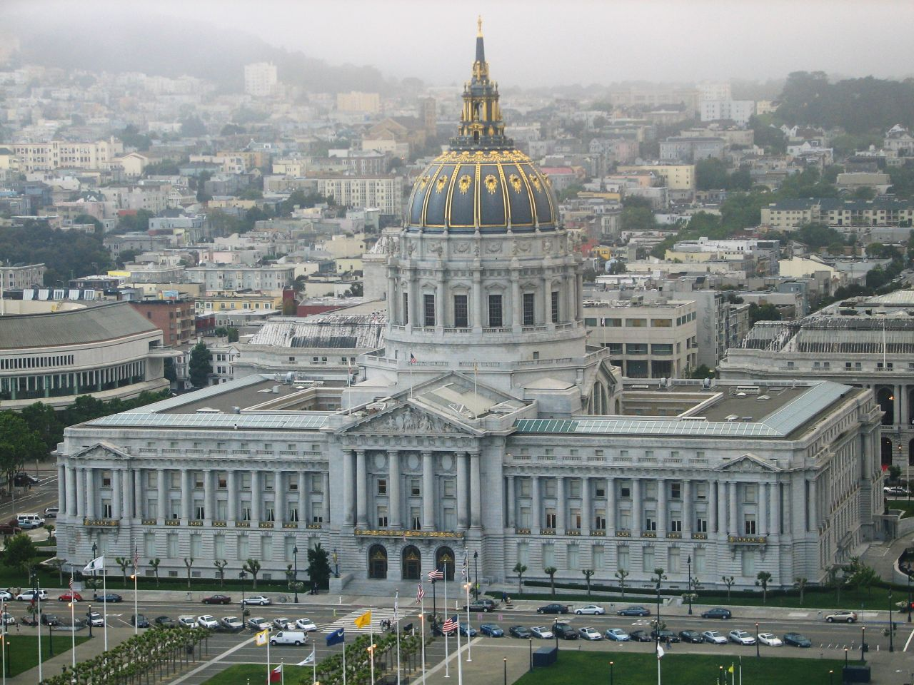 San Francisco City Hall | Photo by Jimmy Slade